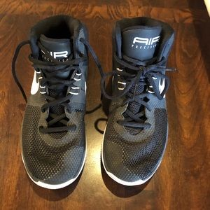 Nike Women's basketball shoes size 7